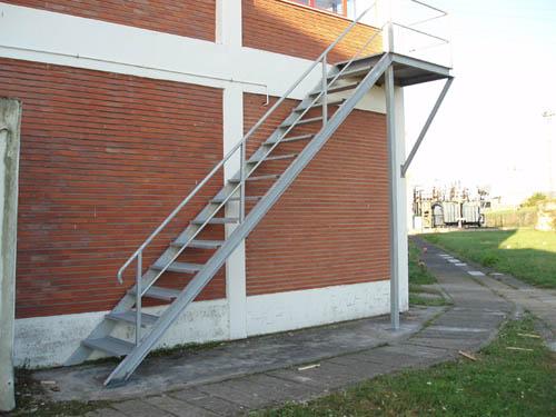 Talleres montes galeria de im genes de construcciones for Imagenes de escaleras metalicas
